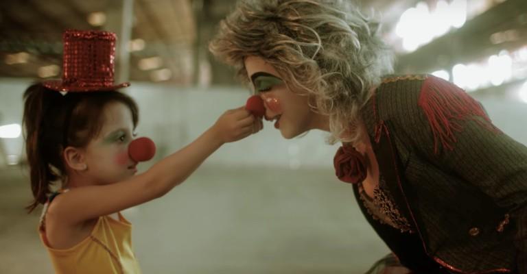Plutão Já Foi Planeta lança videoclipe de Me Leve
