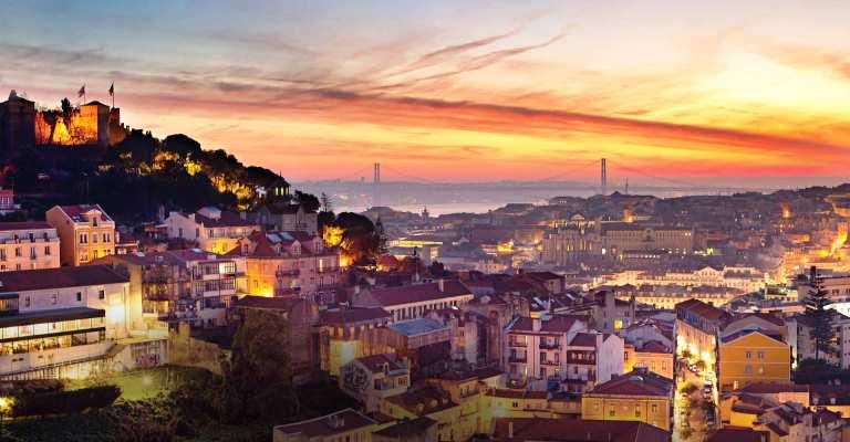 Portugal revoga proibição de viagens a turistas do Brasil