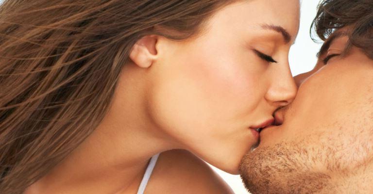 Os sentidos influenciam no desejo sexual, diz pesquisa