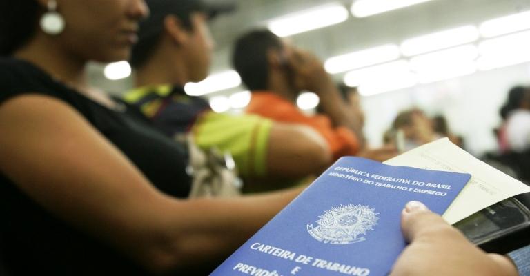 Agosto registra queda no número de pedidos de seguro-desemprego