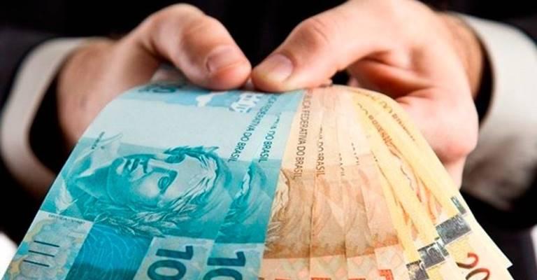54% dos brasileiros acham difícil contratar empréstimos