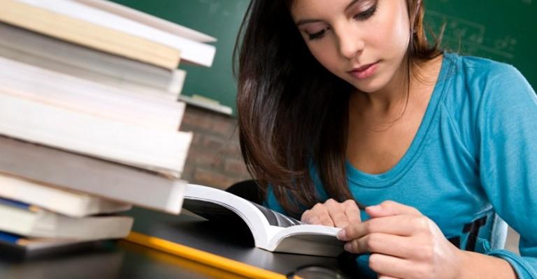Professores dão dicas para melhorar o desempenho nos vestibulares