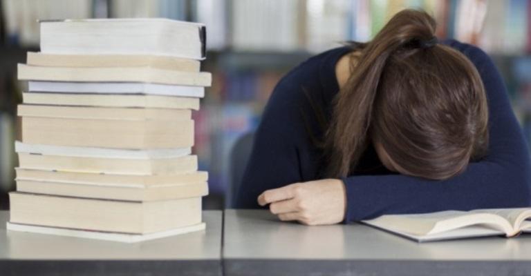 Estudantes da graduação precisam de apoio emocional