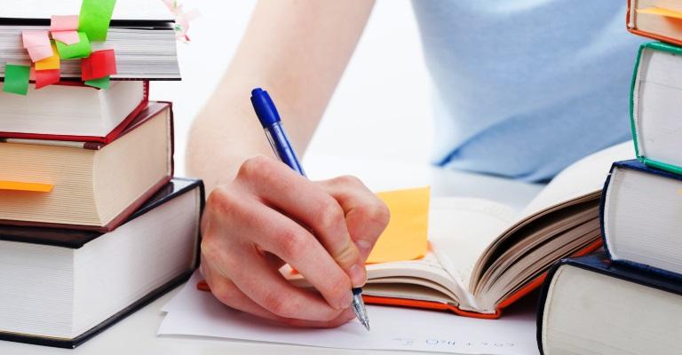 Centro universitário oferece curso preparatório para o Enem gratuito para todo o país