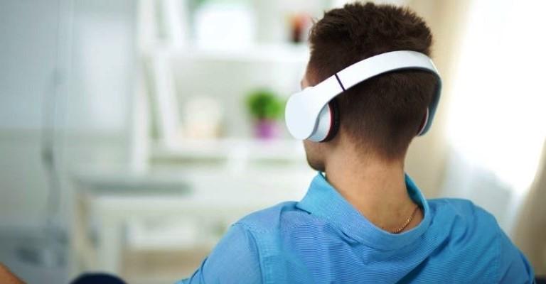 Audiolivros incentivam a leitura e facilitam o acesso ao conhecimento