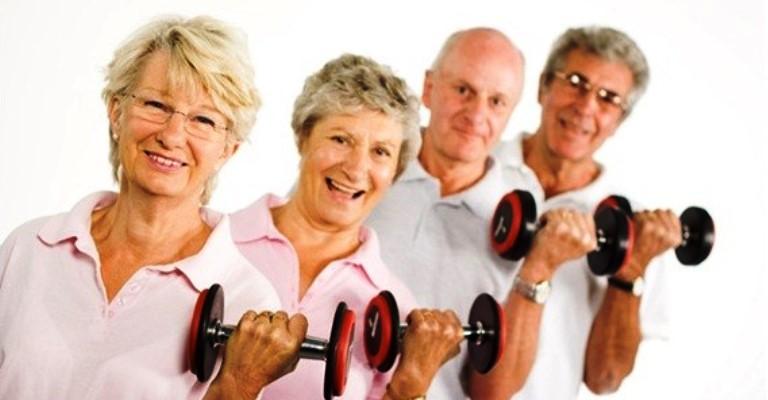 """Musculação na terceira idade: um dos melhores """"remédios"""""""