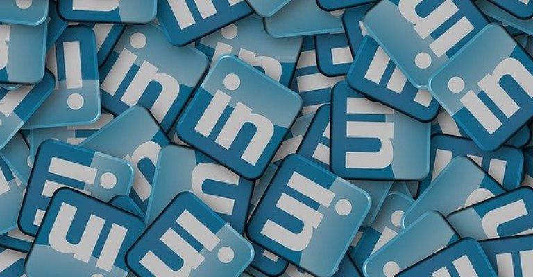 LinkedIn se torna aliado na recolocação profissional