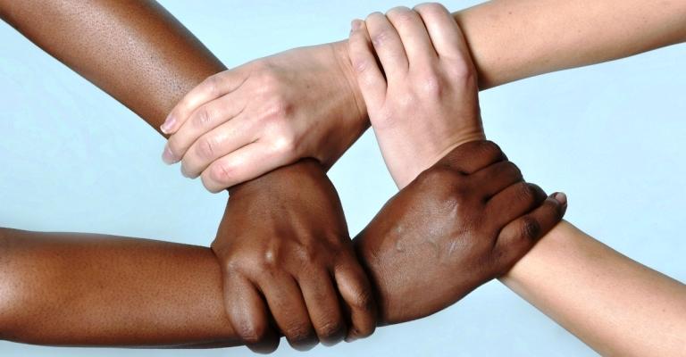 Livros sobre discriminação racial se tornam best-sellers nos EUA