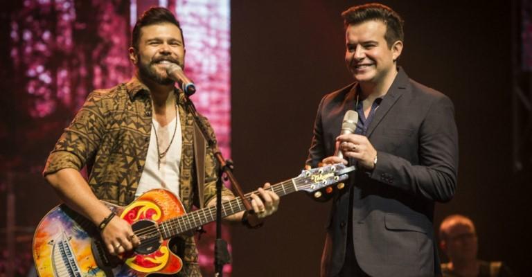 Marcos e Belutti lançam nova música com participação de Jorge e Mateus