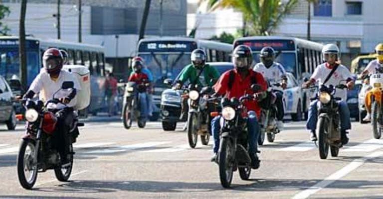 Mudanças no Código de Trânsito alertam para segurança dos motociclistas