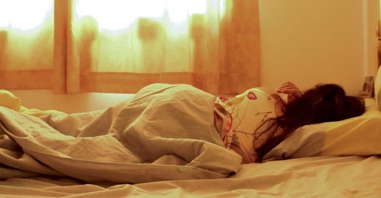 Você sabia que a decoração do quarto influencia no seu sono?