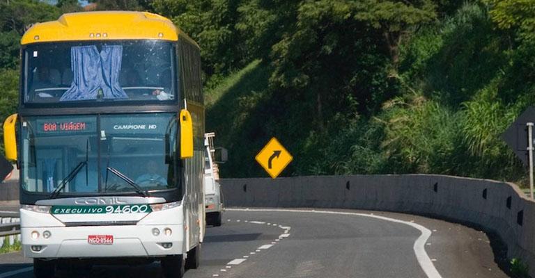 Mais da metade dos passageiros de ônibus não usam cinto de segurança