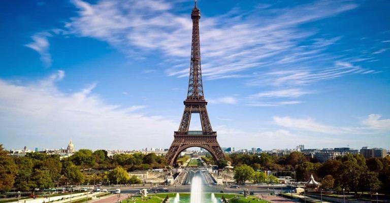 Turistas terão de pagar taxa para viajar à Europa