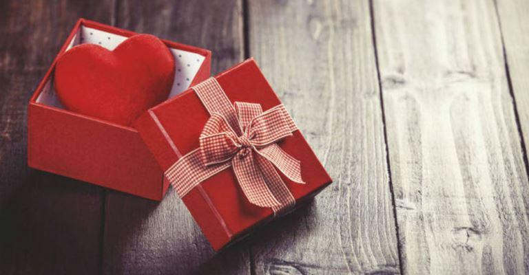 Dia dos Namorados deve movimentar R$ 1,8 bi no varejo em 2021
