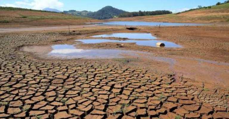 Estudo constata redução de 15% da superfície de água no Brasil em 36 anos