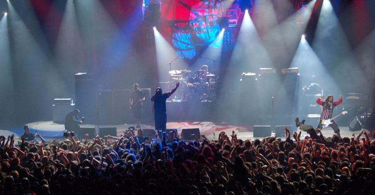 Site estrangeiro lista as 35 melhores bandas brasileira
