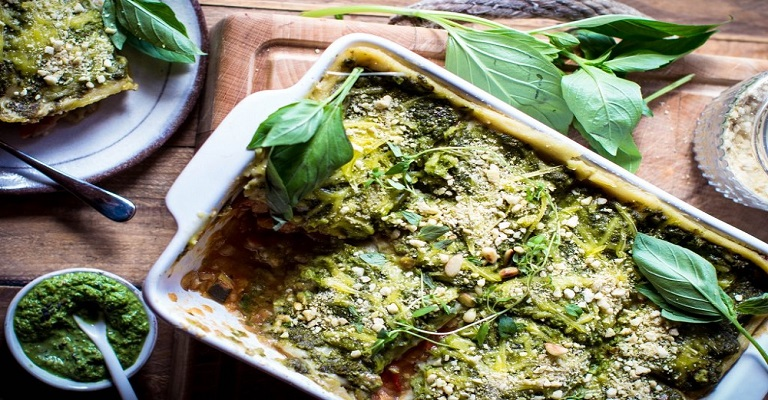 Lasanha Vegetariana com Molho de Ervas Aromáticas