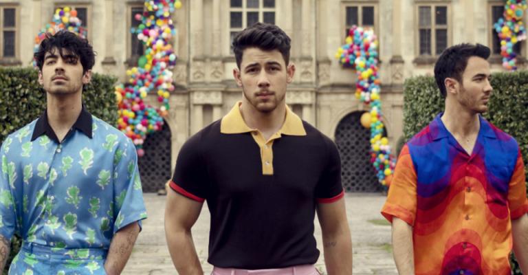 Jonas Brothers anuncia lançamento de novo disco