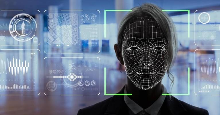 EUA investe em reconhecimento facial nos aeroportos