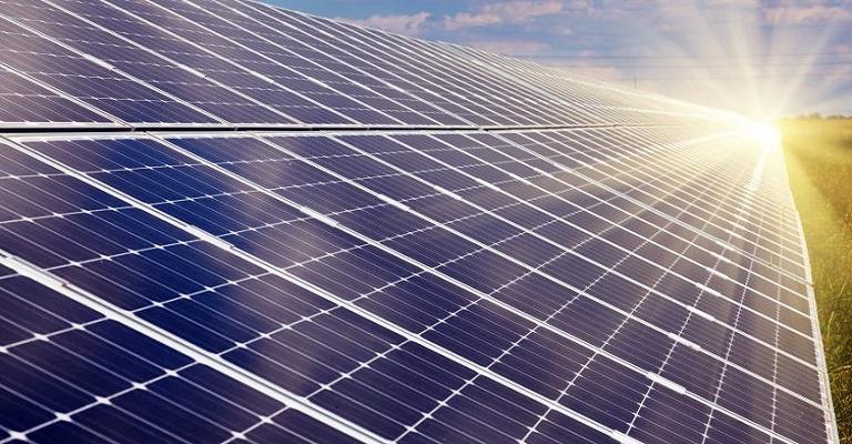 Fábrica para a produção de painéis de energia solar será inaugurada em Confins