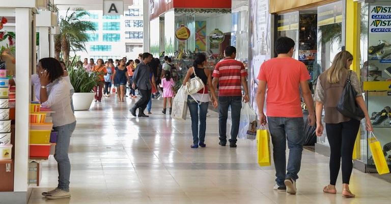 Comércio cresce 1,2% em julho e atinge patamar recorde