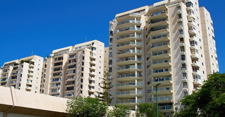 Condomínios residenciais buscam alternativa para reduzir custo de energia
