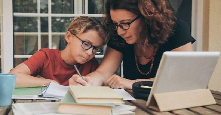 6 dicas para a família se acostumar melhor ao ensino remoto