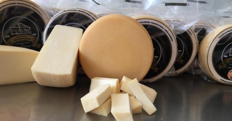 Produtores do Cerrado fazem primeira venda coletiva de queijo minas artesanal