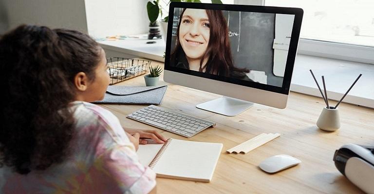 4 tendências para se adaptar e ensinar melhor online