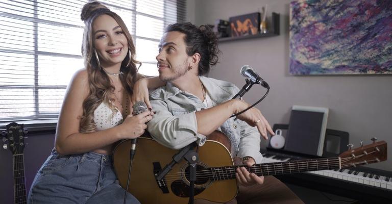 """Duo Mar Aberto apresenta """"Sentimental"""" de Los Hermanos"""