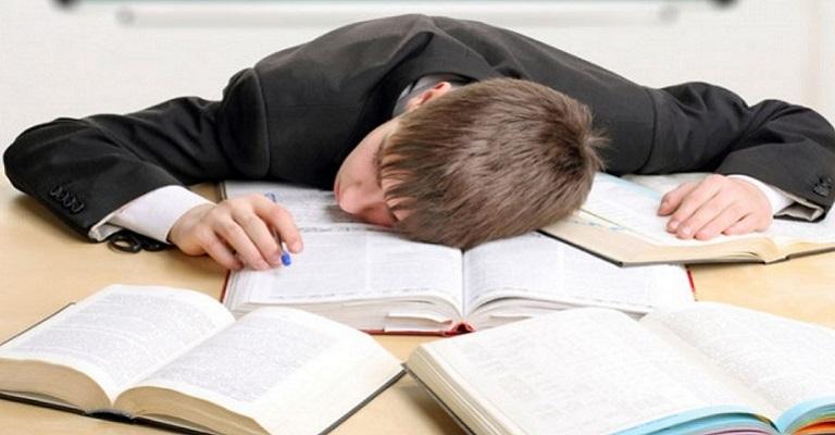 Acabe com o sono durante o estudo