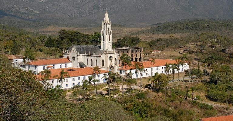Santuário do Caraça é destino concorrido em Minas Gerais