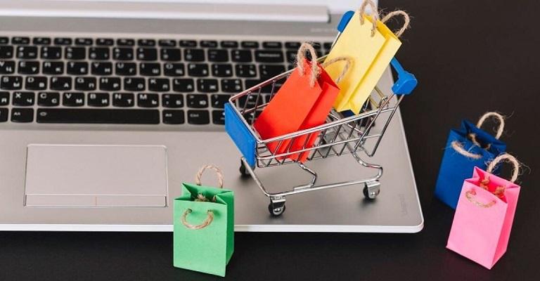 Em 2021, o percentual de pessoas que compram exclusivamente online, vai cair