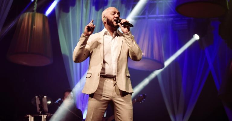 """Belo volta ao Rio de Janeiro com show """"Belo In Concert"""""""