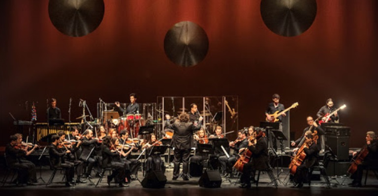 Concerto da Orquestra Ouro Preto celebra 30 anos de Nevermind, do Nirvana