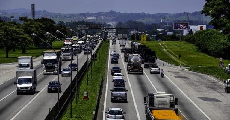Velocidade é a principal causa de colisões nas rodovias federais