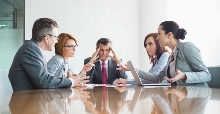 Com diálogo e tolerância, é possível superar os conflitos entre gerações no ambiente de trabalho