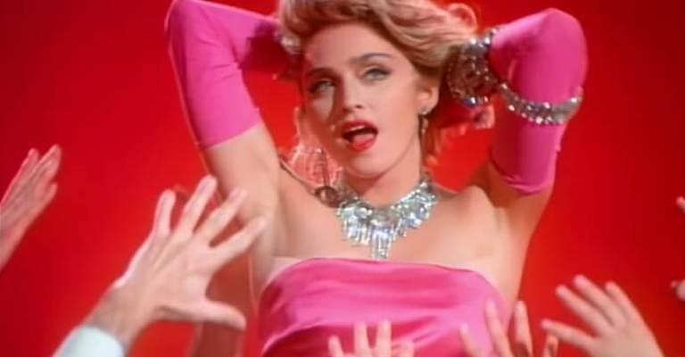 Madonna presenteia fãs com clipes icônicos no Youtube