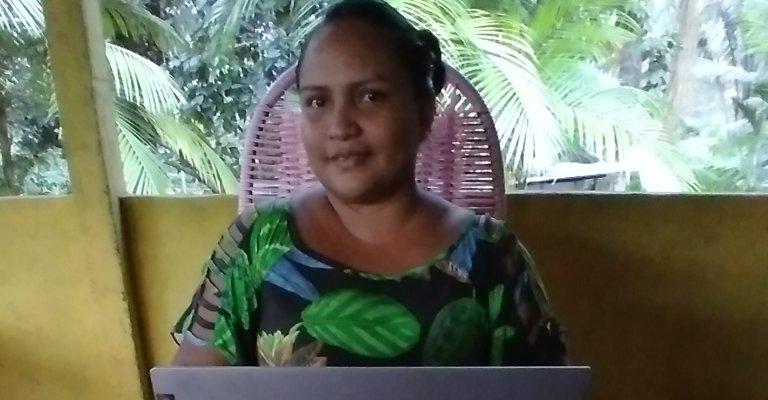 Motorolaacrescentalíngua indígena da Amazônia em seus smartphones