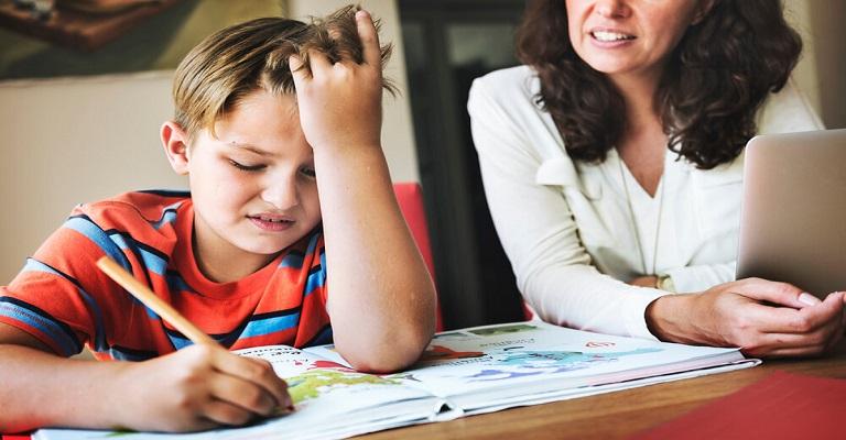 As dificuldades do aluno podem ter origem… na mão!