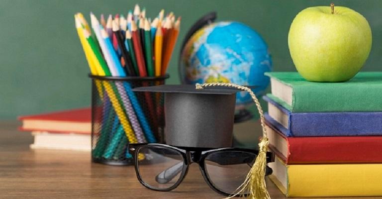 Qual é o seu papel na Educação?