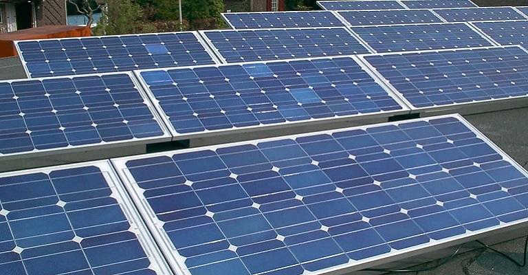 ABSOLAR apresenta propostas para aliviar crise hídrica com mais energia solar