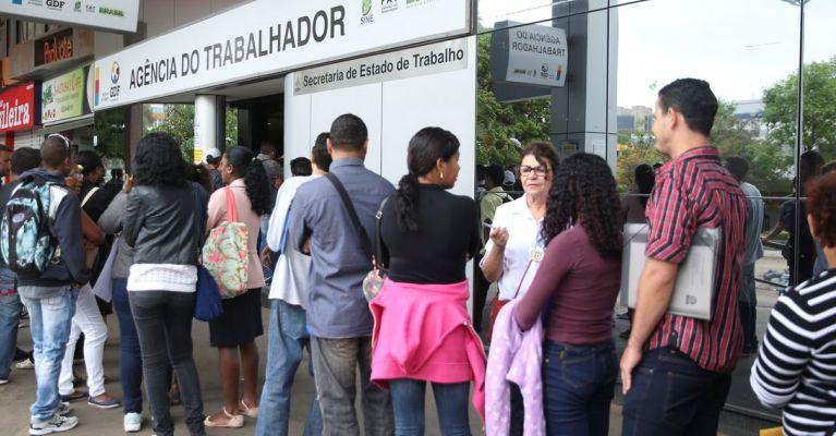 Desemprego cai para 13,7%, revela pesquisa do Ipea