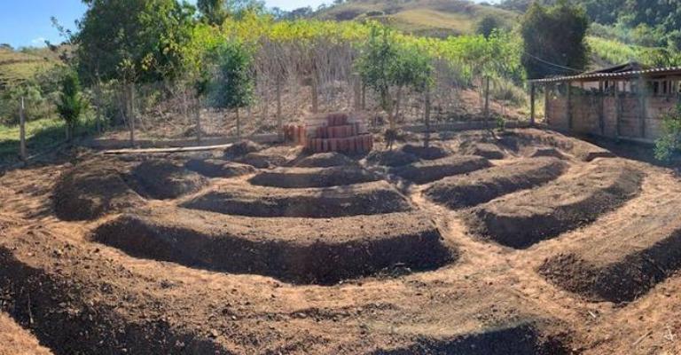 Hortas agroecológicas circulares fortalecem agricultura familiar em Minas