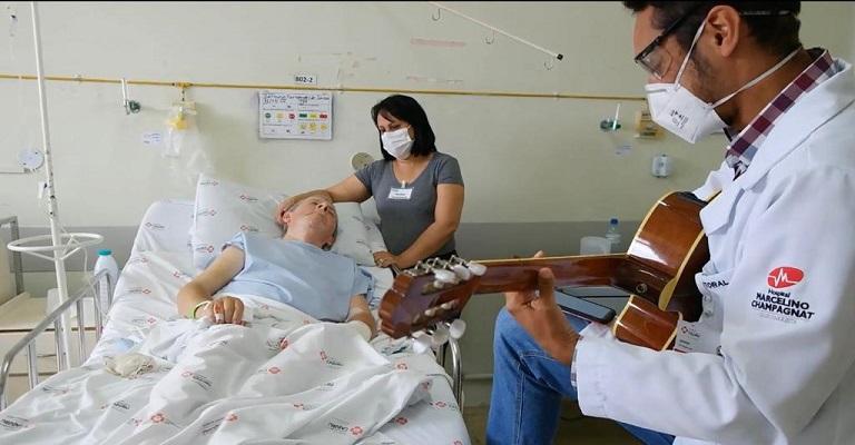 Quebrando o silêncio: música em hospitais auxilia na recuperação de pacientes