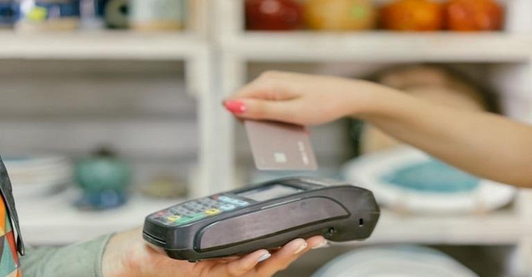 Mobills lança comparador de cartão de crédito