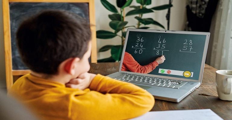 Ensino híbrido é fundamental para o futuro da educação brasileira