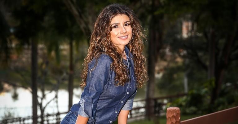 Paula Fernandes prepara disco de inéditas com participações especiais