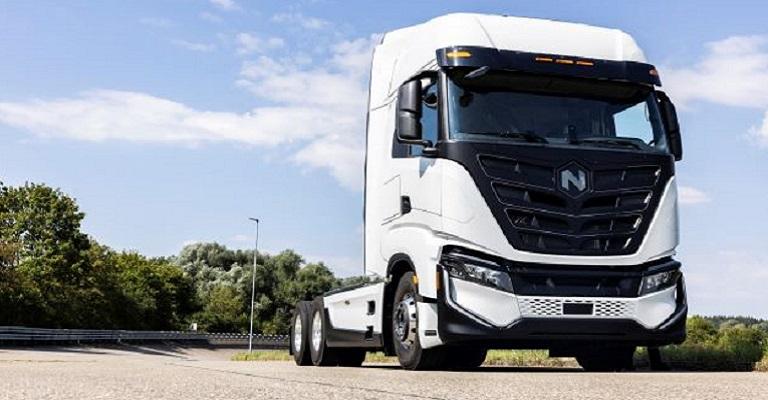 Iveco e Nikola inauguram fábrica de caminhões movidos a hidrogênio