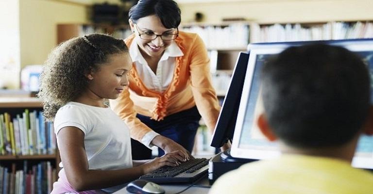 O tsunami da inovação que desafia instituições de ensino e gestores